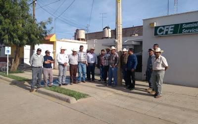 Productores Se Manifiestan En La Cfe El Sol De Durango